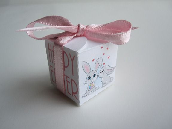 Hershey Kiss Box {Easter Edition}