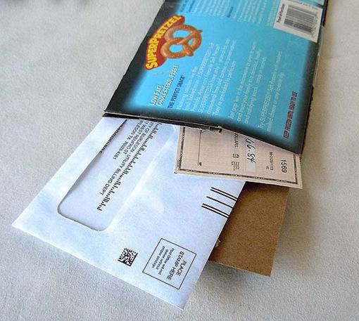 DIY cardboard mailer