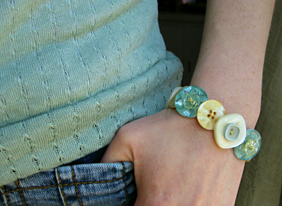 5 Ways to Create Jewelry from Everyday Objects