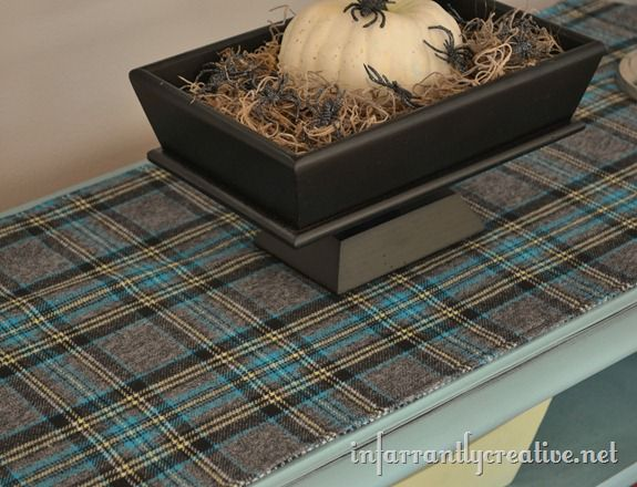 plaid_table_runner