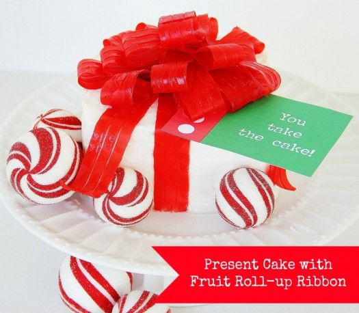 Present Cake with Fruit Roll-Up Bow