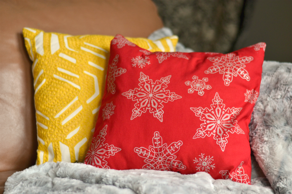 red_snowflake_pillow