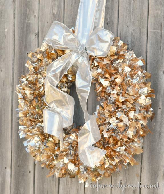 Simple christmas wreath infarrantly creative