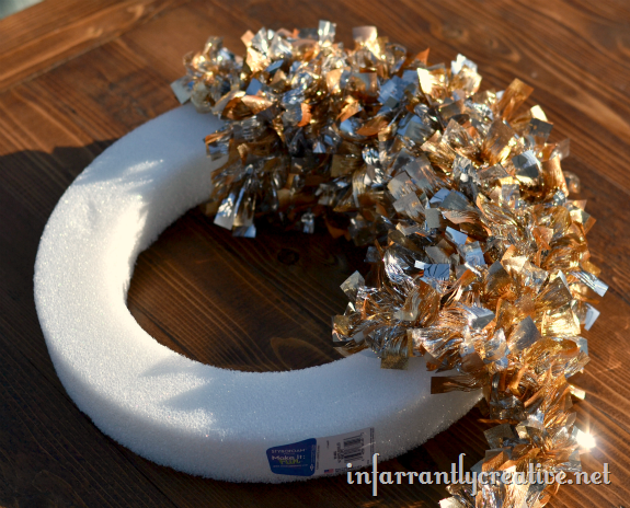 metallic_wreath
