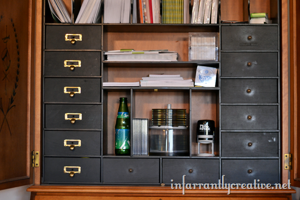 secretary_desk_little_drawers