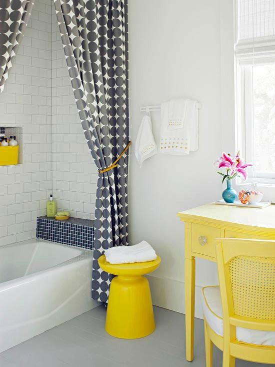 5 Ways to Get This Look: Family Friendly Bath