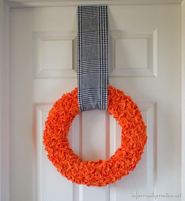 halloween felt wreath