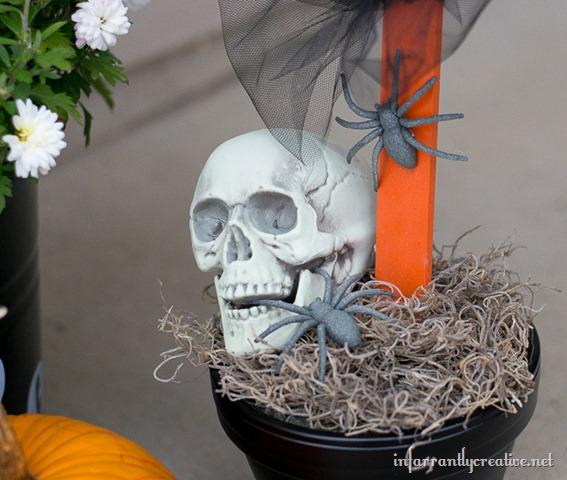 Seven Years Of Bad Luck Halloween Sign Krylon Mystery Box