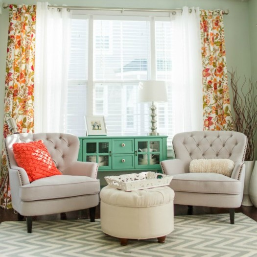 5 Ways to Get This Look:  Pretty Sitting Room