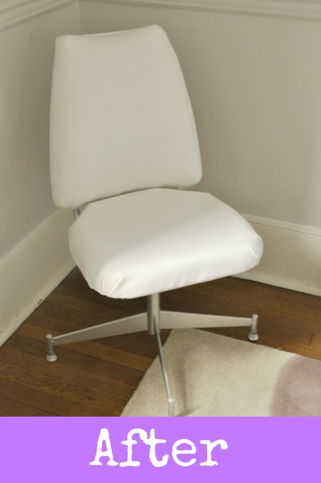 white-desk-chair