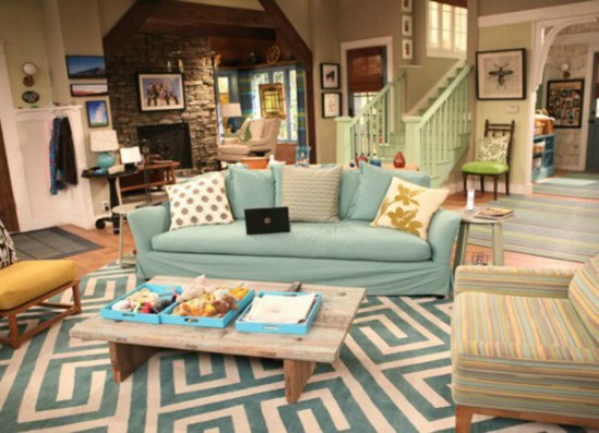 5 Ways To Get This Look Disney Family Living Room Infarrantly Creative