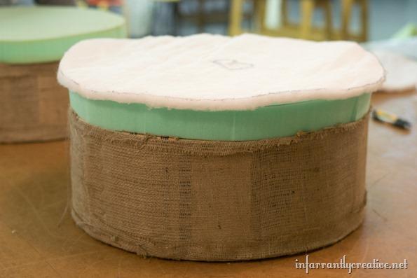 spool-ottoman-cushion