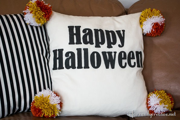 halloween-pillow-with-pom-poms