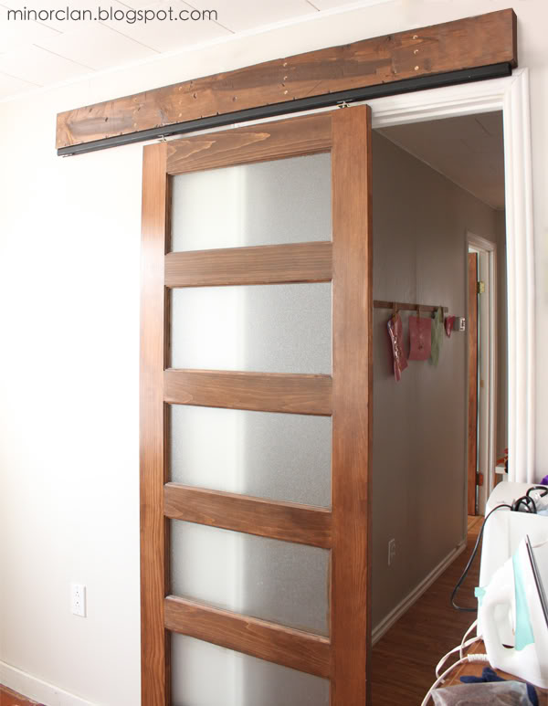 DIY Sliding Barn Door 600 x 773
