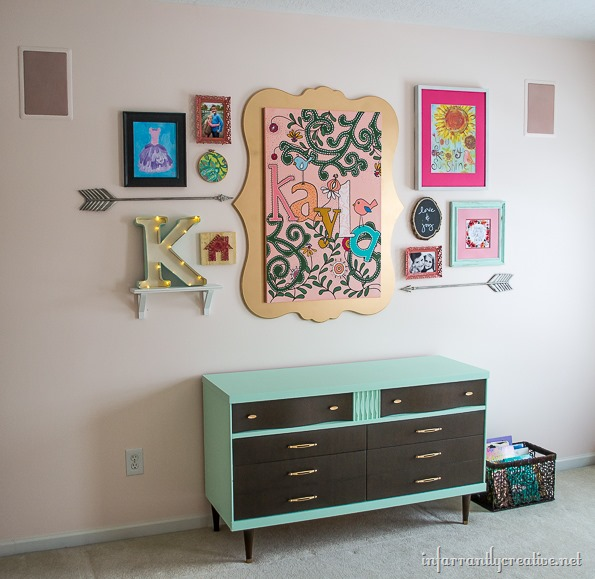 little-girl-gallery-wall