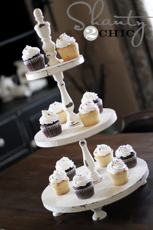 How To Make Your Own Cake Stand For A Wedding