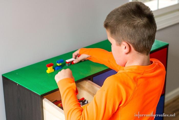 building legos table