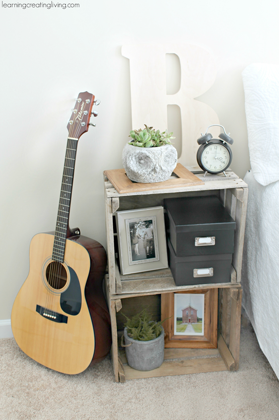 5 creative and easy ways to make a nightstand for Diy crate nightstand