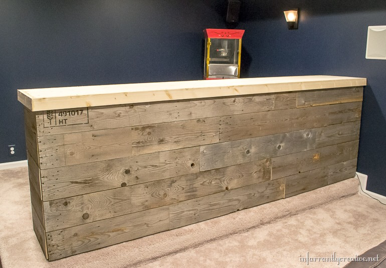 Man Cave Bar Out Of Pallets : Man cave wood pallet bar free diy plans