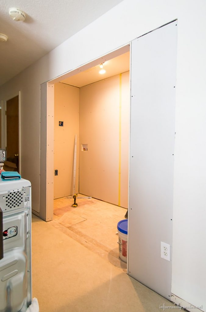 How to hang drywall on a ceiling - Hanging Drywall