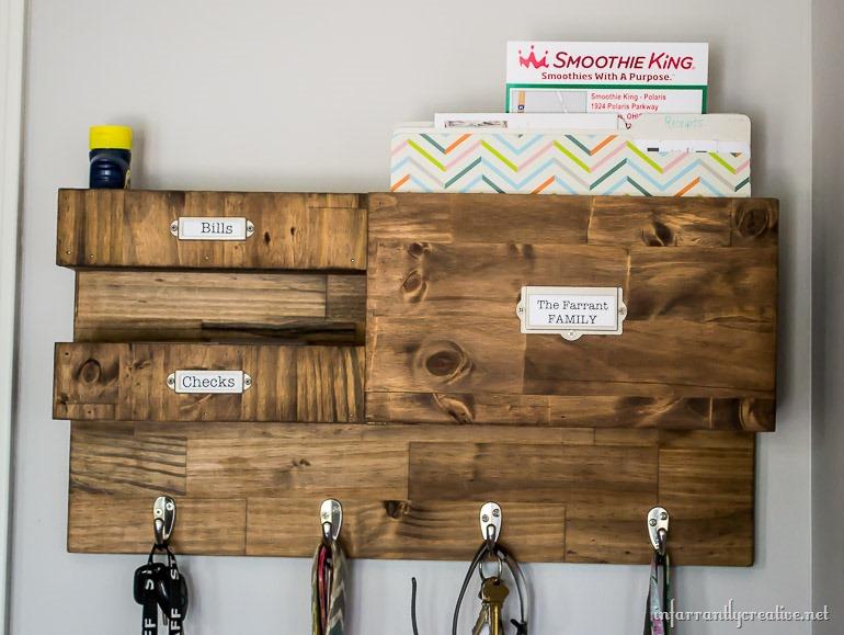 Diy Wall Calendar Organizer : Tips for organizing school paper clutter