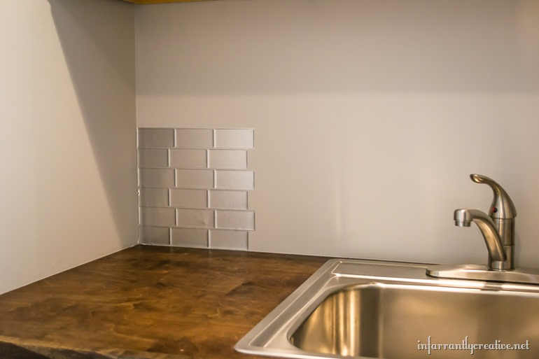 faux stainless steel backsplash in 30 minutes